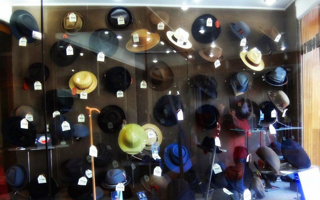 Diversas alternativas de sombreros para todos los gustos.