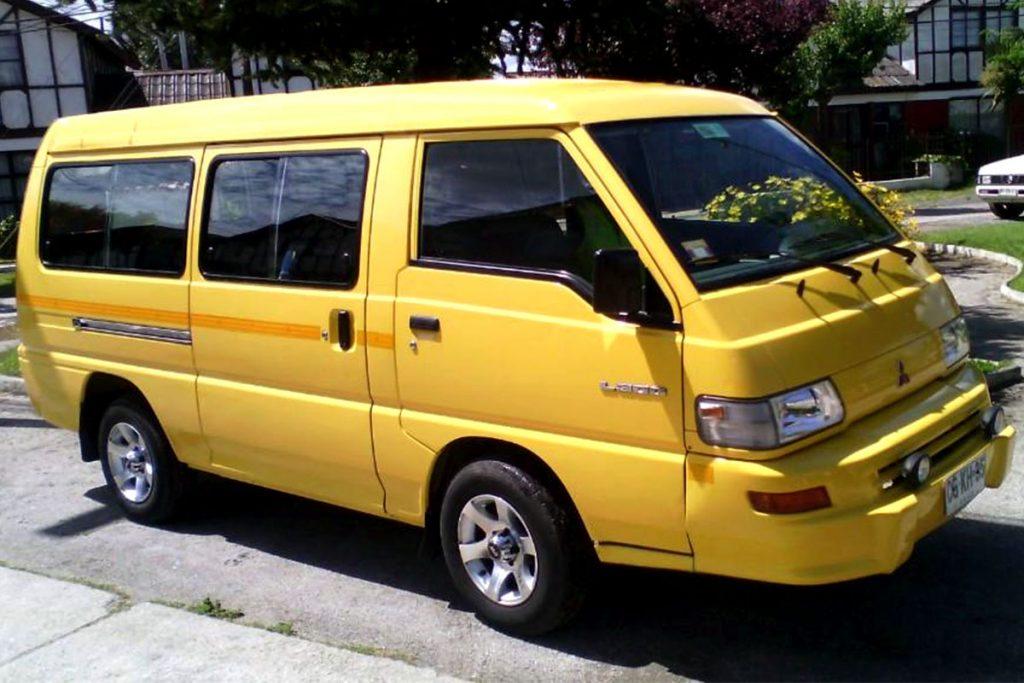 furgon escolar Kia